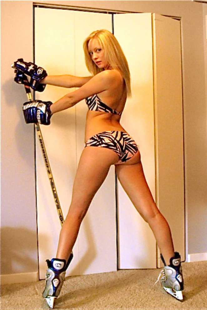 bikini hockey babe