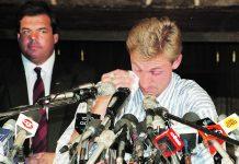 Wayne Gretzky traded to the LA Kings