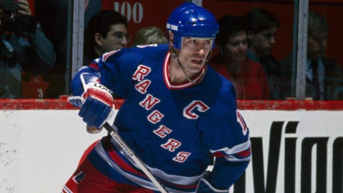 Mark Messier to trade from the Edmonton Oilers to the New York Rangers