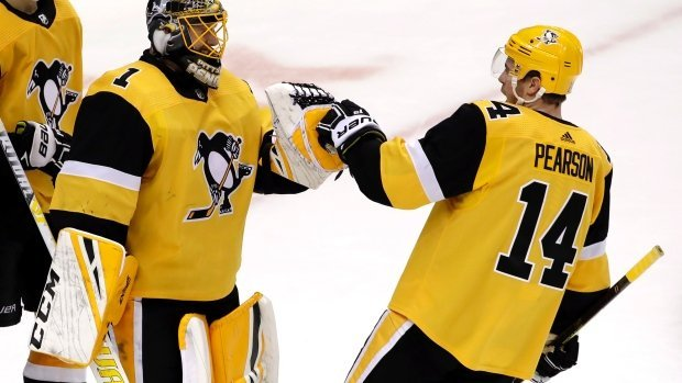 Casey DeSmith contract extensions with Pittsburgh Penguins