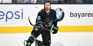 Erik Karlsson signs 8-year contract extension