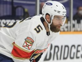 The Florida Panthers will look to trade for a right-shot defenceman. Options are Brandon Montour, David Savard, Sami Vatanen and Tony DeAngelo.