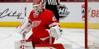 The Philadelphia Flyers are looking to add some goaltending help. Pierre LeBrun reports the Flyers are looking at Jonathan Bernier.