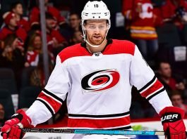 NHL trade rumors are starting the circulate that the Toronto Maple Leafs could target Dougie Hamilton when free agency starts.