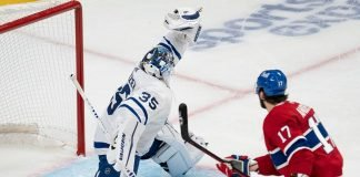 Toronto Maple Leafs goaliePetr Mrazekis expected to miss two weeks with the groin injury he suffered in the game against the Senators.